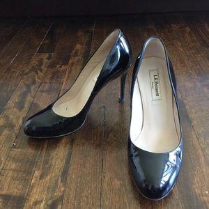 LK Bennett black patent almond toe stilettos 37